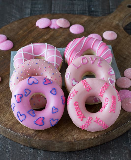 Tag 2 friends ? checkout my other account: ? ? ? ? Sweet Pastries, Valentine Desserts, Valentines Day Food, Valentines Day Treats, Valentines Breakfast, Donuts Tumblr, Pink Things, Cute Donuts, Pink Frosting
