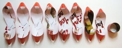 make gift bow from mag or map pages