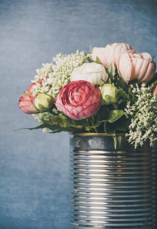 اجمل باقة ورد في العالم أحلى باقة ورد في العالم Zina Blog International Flower Delivery Flower Delivery Amazing Flowers