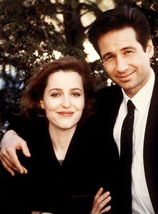 """Mulder and Scully...I feel like this is a pic that Mulder would have had in the office, maybe next to the """"I Want to Believe"""" poster :) #The X-Files"""