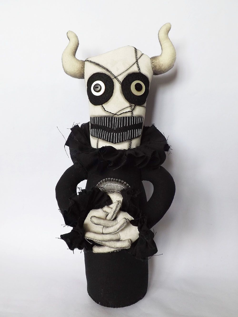 Pin by Thomas Davis on Monsters Art dolls, Pet toys, Horror