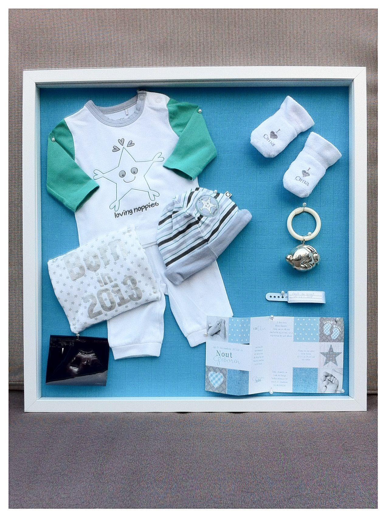 3d Lijst Met Eerste Babyspulletjes Shadow Box First Baby Clothes