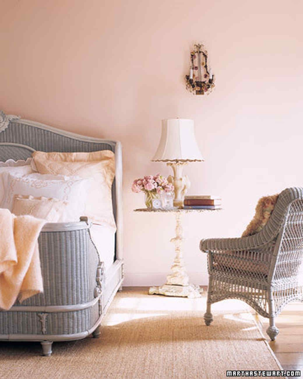 At Marthau0027s Guest Cottage In Maine, An Array Of Blush Colored Tones Creates  A