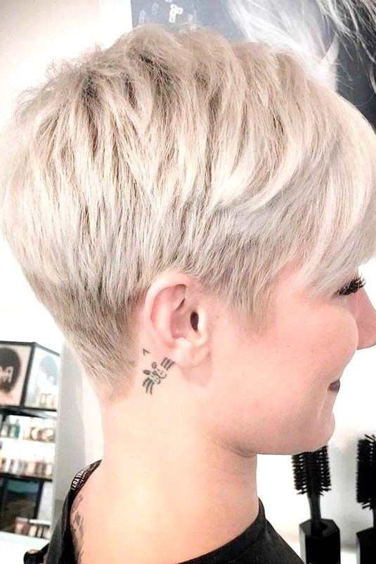 68 Best Stunning Pixie Short Hairstyle For Stylish Ladies Love To Try For Short Hair Styles For Round Faces Hairstyles For Round Faces Short Pixie Haircuts