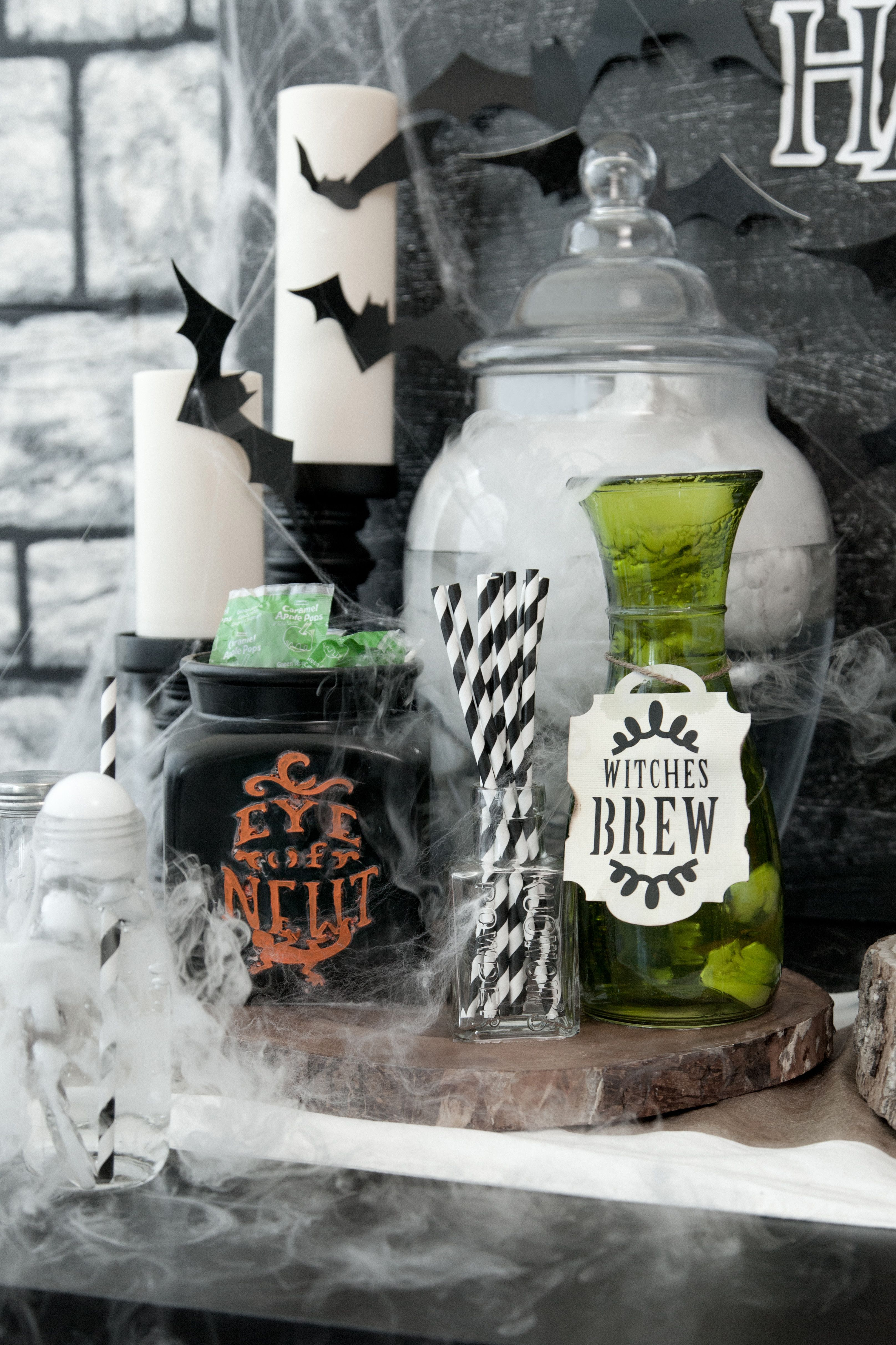 Hosting a Halloween party? Make your spooky decorations with the ...