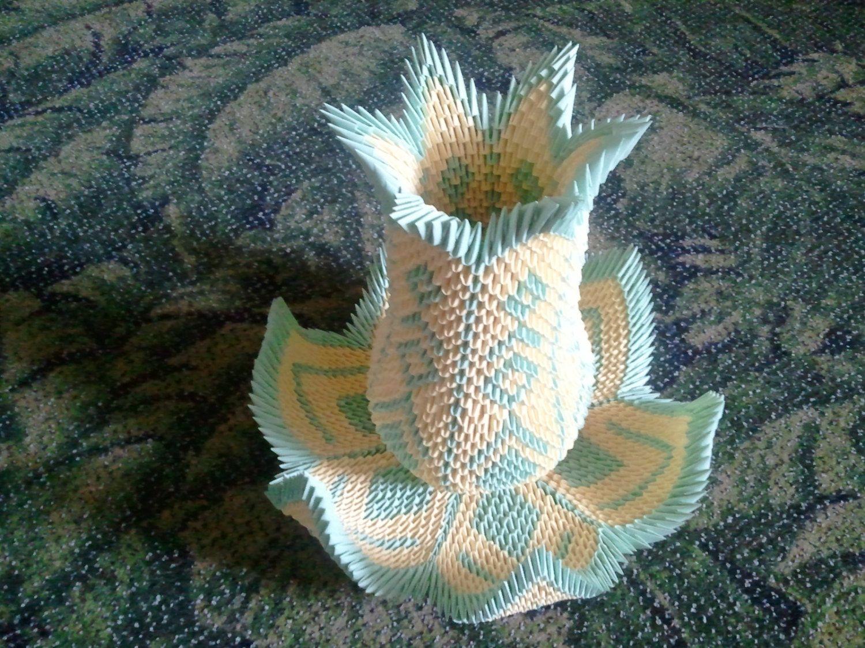 3d origami Vase Lotus. $200.00, via Etsy. | 3D Origami Art ... - photo#7