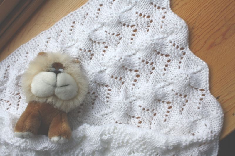 baby blanket knitting patterns | Reversible Lace Baby Blanket ...