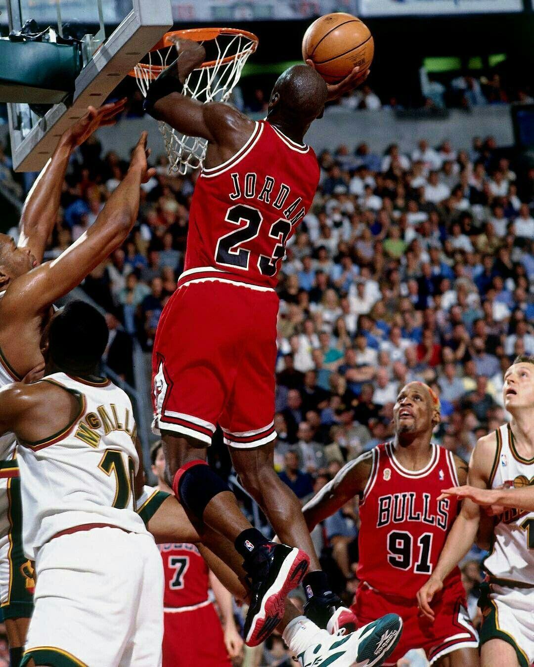 ab162f8adf3 Michael Jordan and Dennis Rodman | Michael Jordan - Chicago Bulls ...
