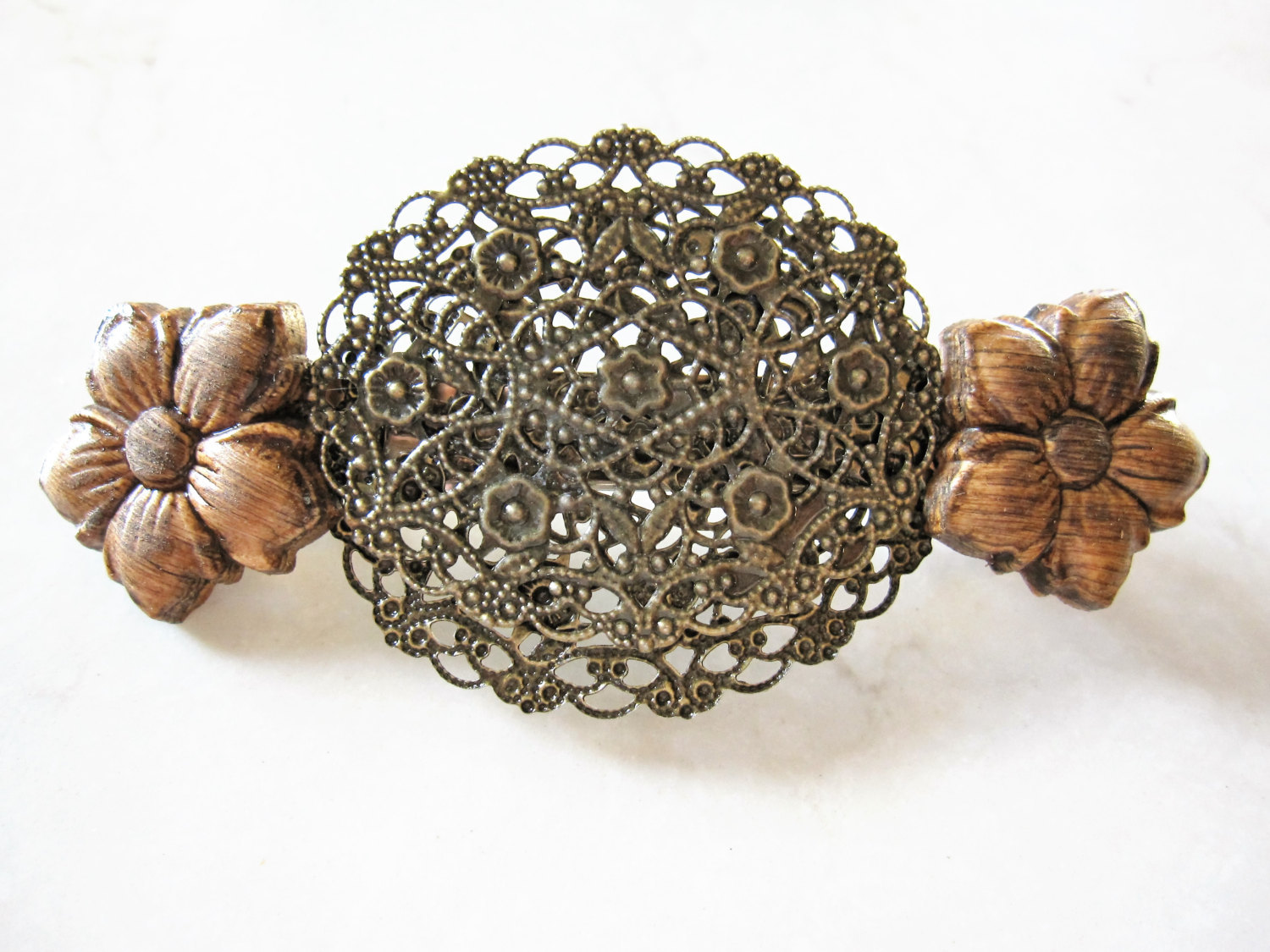 14.95$  Buy here - http://vixzx.justgood.pw/vig/item.php?t=jlo7q821695 - Real wooden flower and bronze filigree metal center hair clamp clip barrette 14.95$