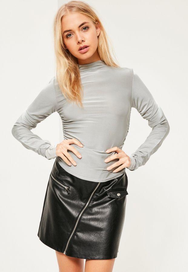Nylon fetish shiny pencil skirt