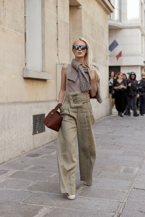 The best Street Style of the Paris Fashion Week AW19 ...   - M i n i m a l  S t y l e -
