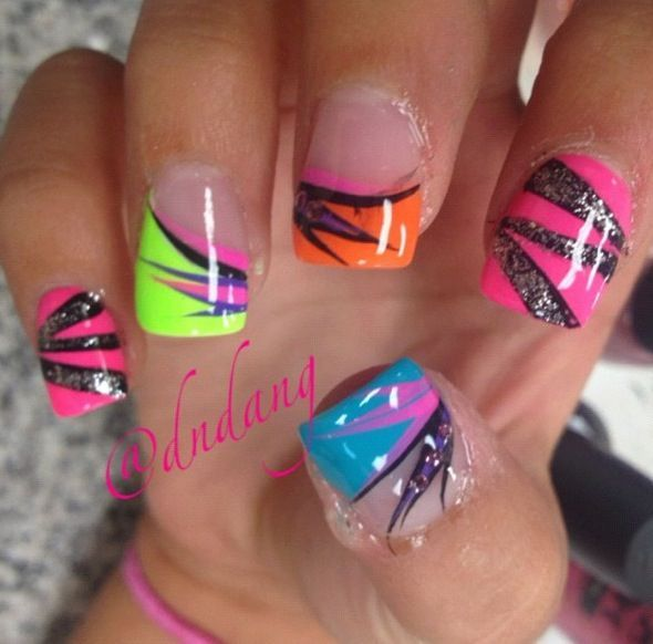 nails - love the design~ only get it on one though | Fashion ...