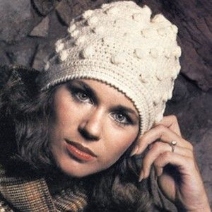 c5e70712524 Free Pattern! Vintage Bobble Stitch Hat. Part of our Free Pattern Friday  email learn