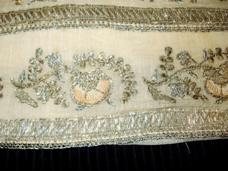 Ottoman-embroidery-towel-with-gold-metallic-threads-_57.jpg 800×600 piksel