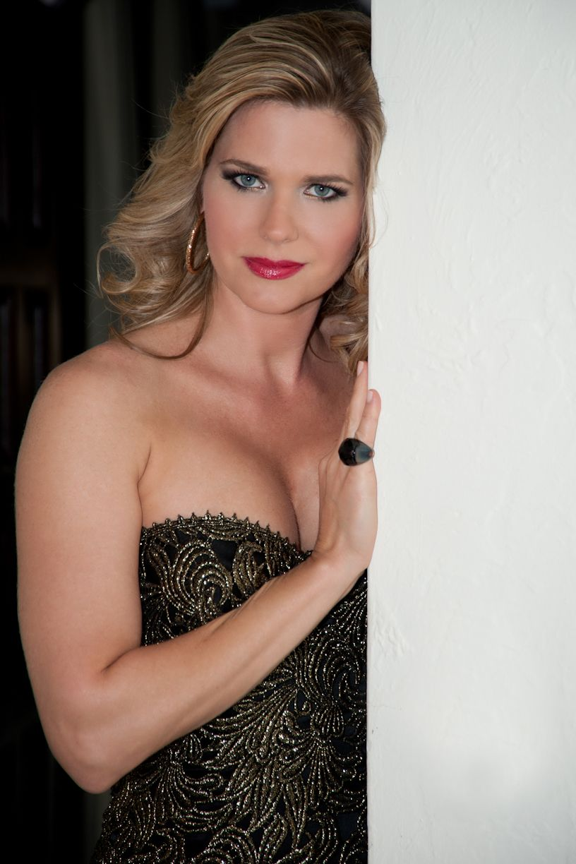 Sonya Smith Sonya Smith new picture