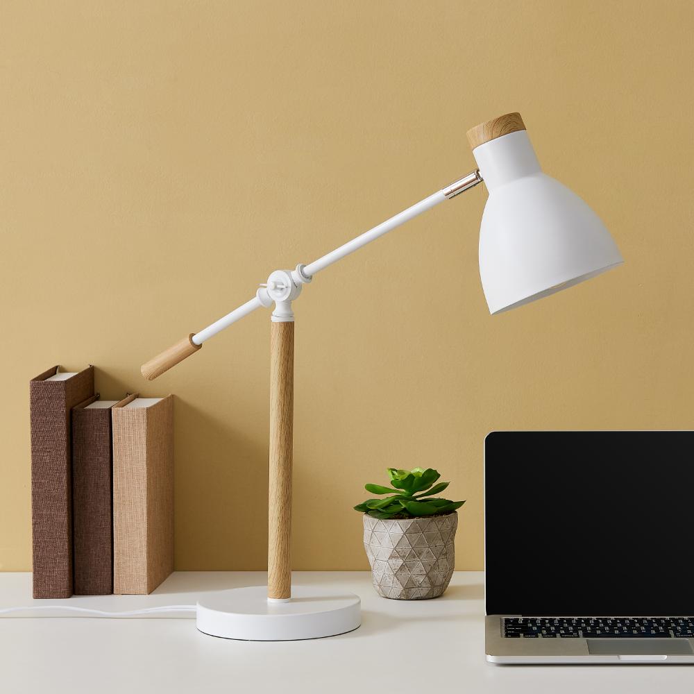 Home In 2020 Desk Lamp White Desk Decor White Desks