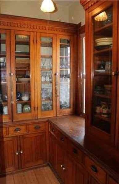 enchanting victorian style kitchen   Enchanting Victorian home beautifully situated on 4 city ...