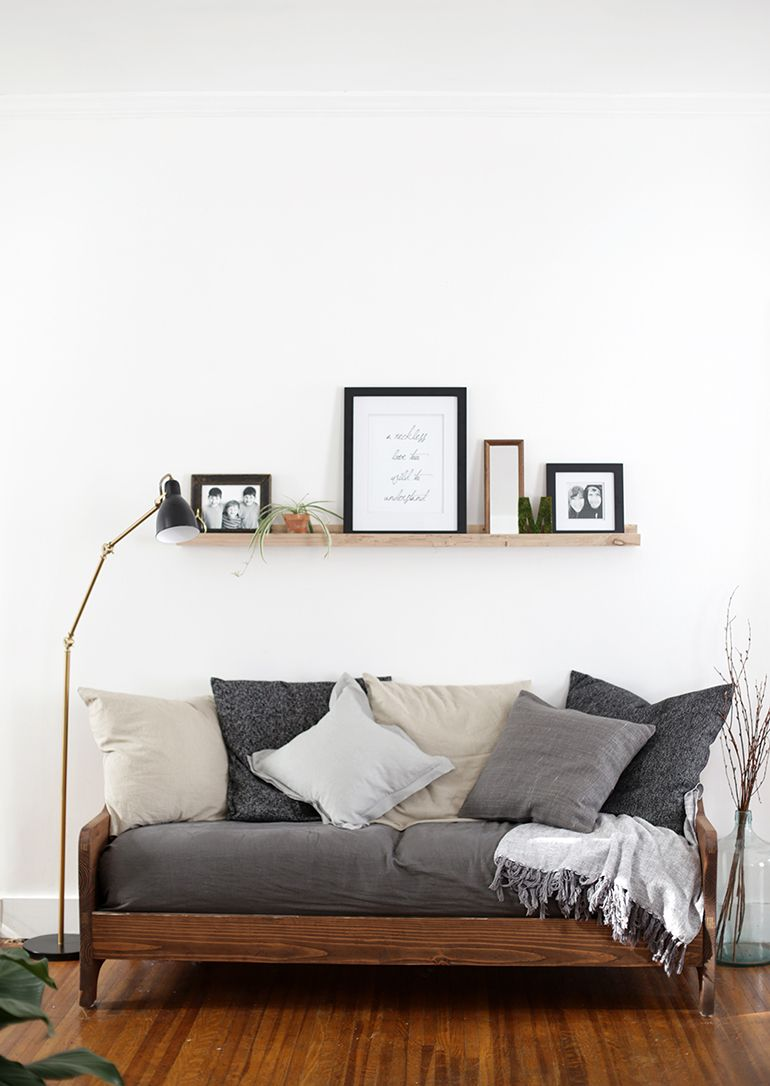 Daybed sofa ideas - Combine The Belgian Flax Linen Pillow Covers In Various Shades To Make A Cozy Day Bed