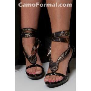 Pin By Dawn Brooks On I Love Camo Camo Shoes Camo Wedding Camo Prom