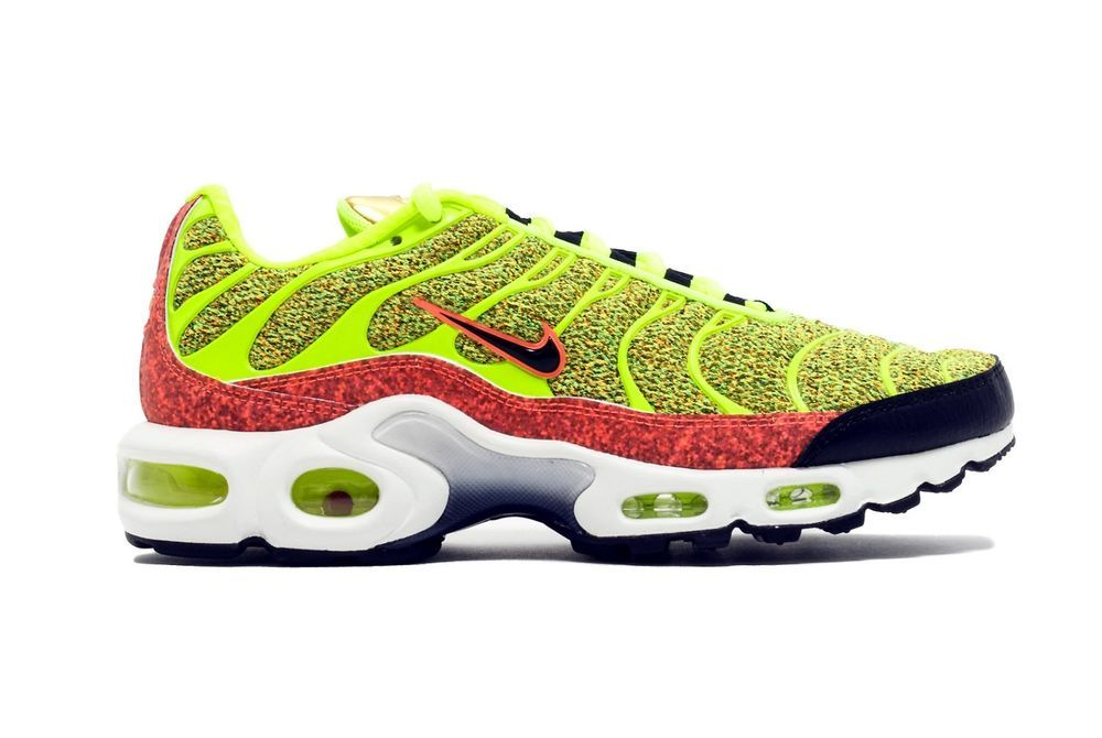 a7fa0163edb1 WOMEN S NIKE AIR MAX PLUS TN SE