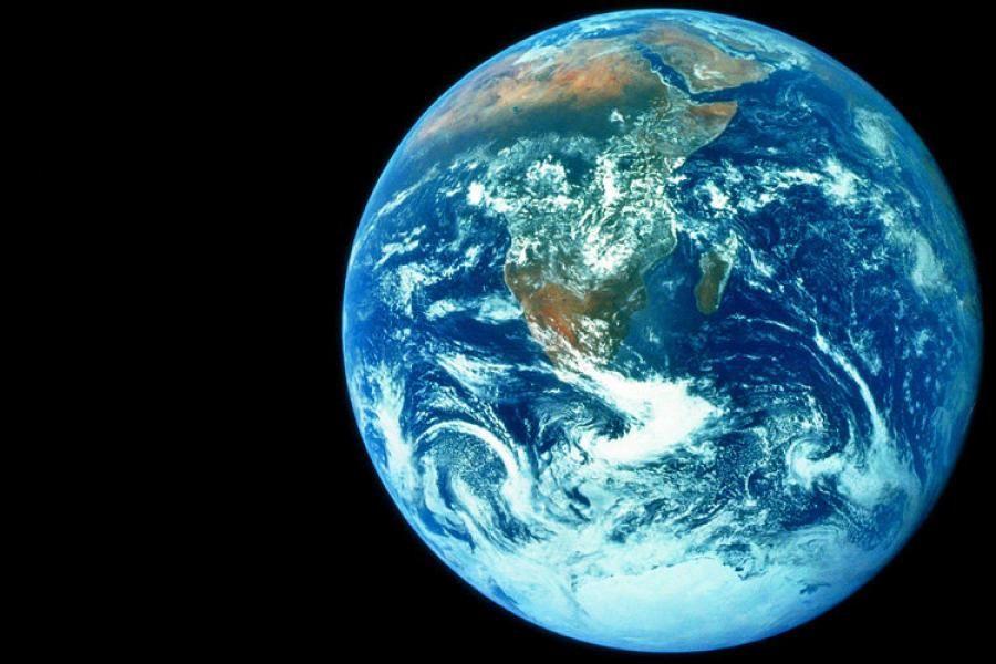 Astrophysik: Wie viel wiegt eigentlich unsere Erde? | Nikolaus ...