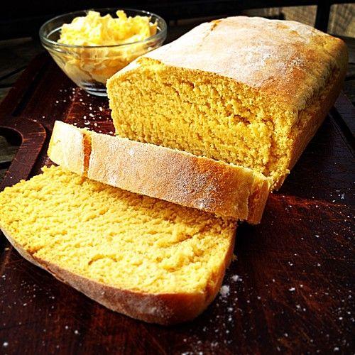 Cornbread - amerikanisches Maisbrot, ein schönes Rezept aus der Kategorie Backen. Bewertungen: 23. Durchschnitt: Ø 4,0. #thanksgivingfood