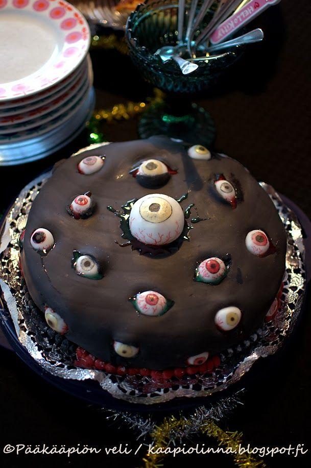 Kääpiölinnan köökissä: Sulle silmäni annan, annan kakun, lahjan kaiken....