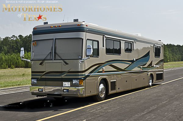 1998 Vogue V 40 Priced At 65000 Luxury Motorhomes Motorhome New Bus