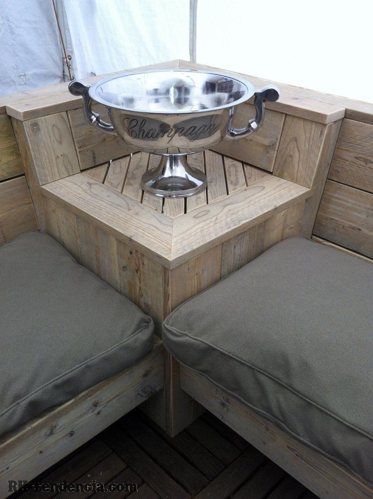 stoelen,oud eikenhout,tafels,steigerhout, teak tafel, wagondelen,op maat, salontafel, bed