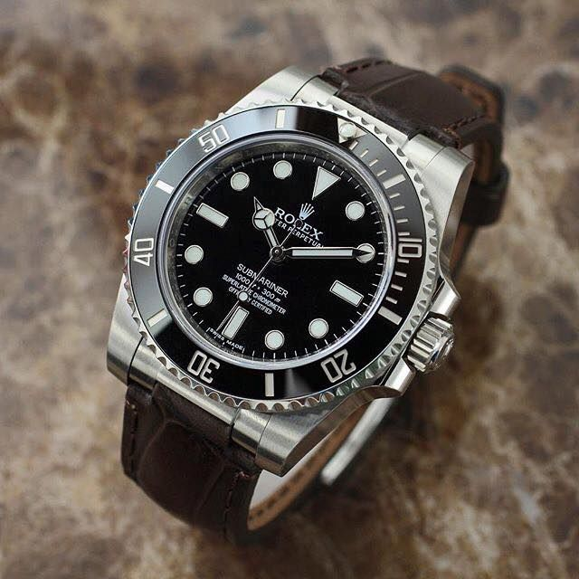 Rolex Submariner Black with leather brown strap