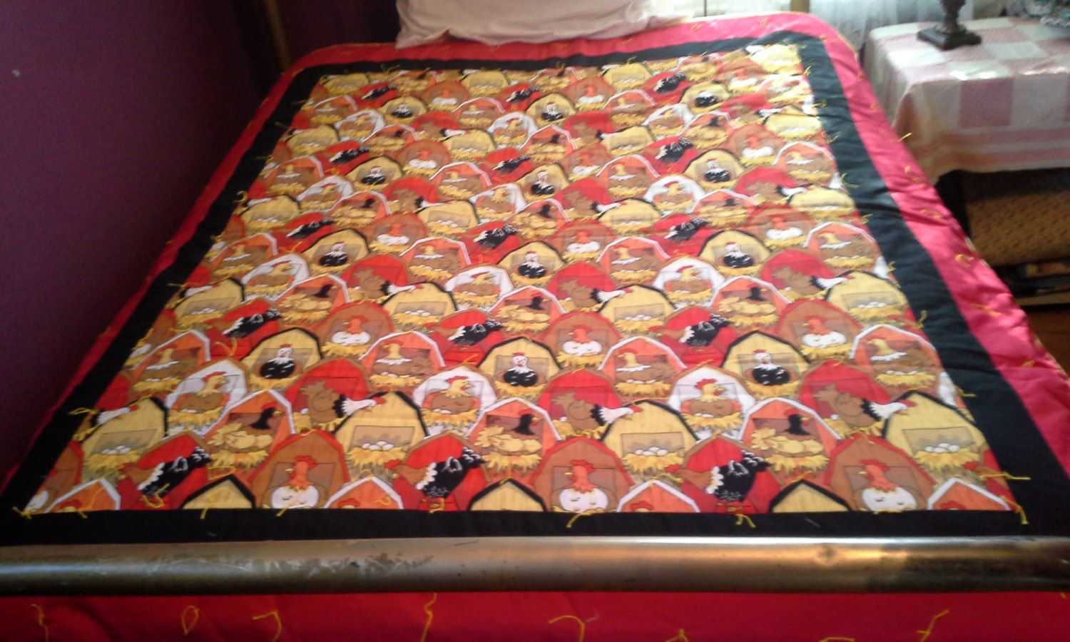 Bedful of chickens! by 3DsQuiltsandMore on Etsy
