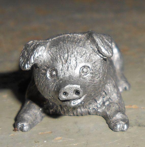 Pewter  Farm   Pig   Figurine