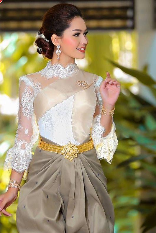 Khmer Wedding Costume Cambodian WeddingKhmer WeddingTraditional DressesWedding