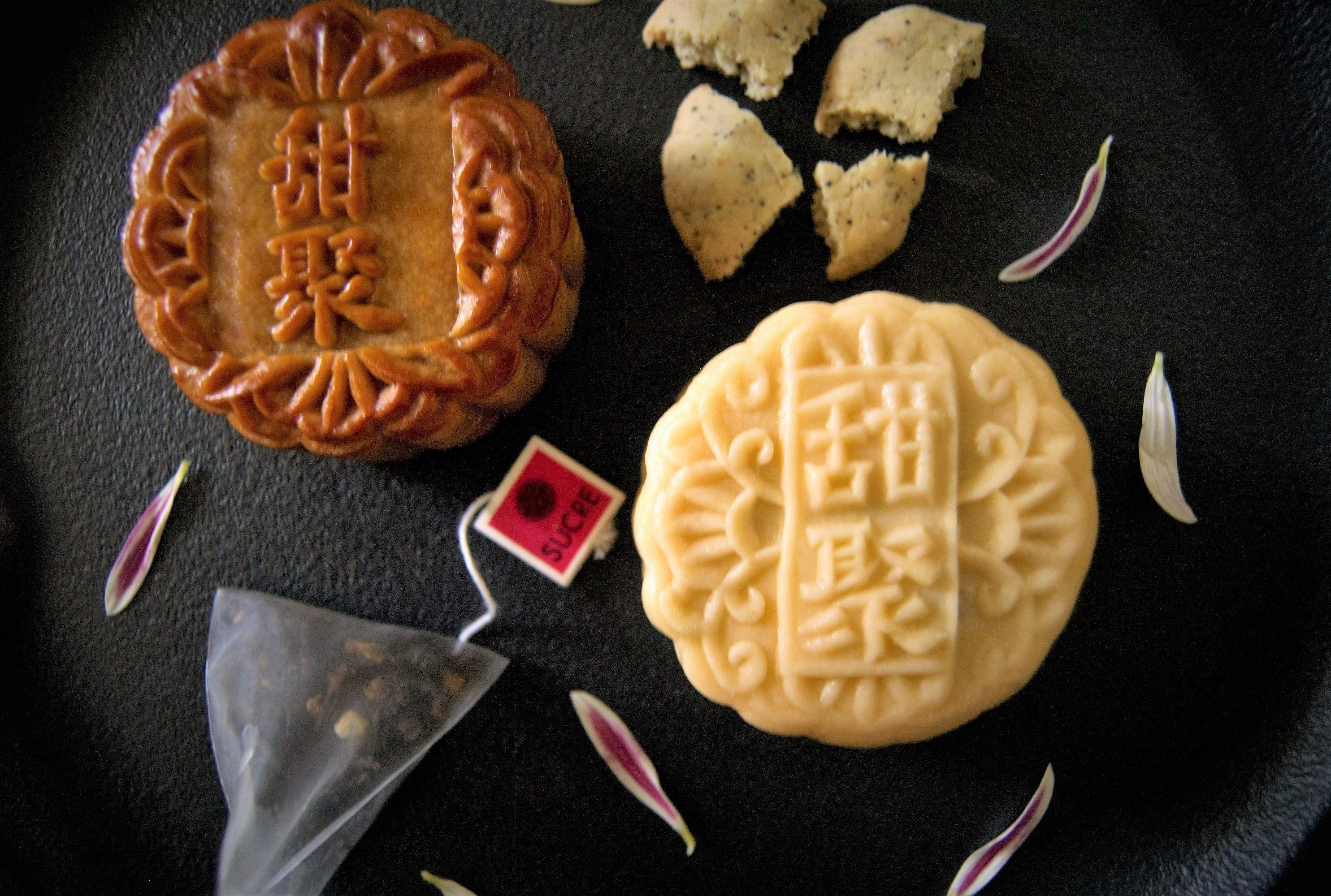 SUCRE traditional baked and snowskin mooncakes Artisan