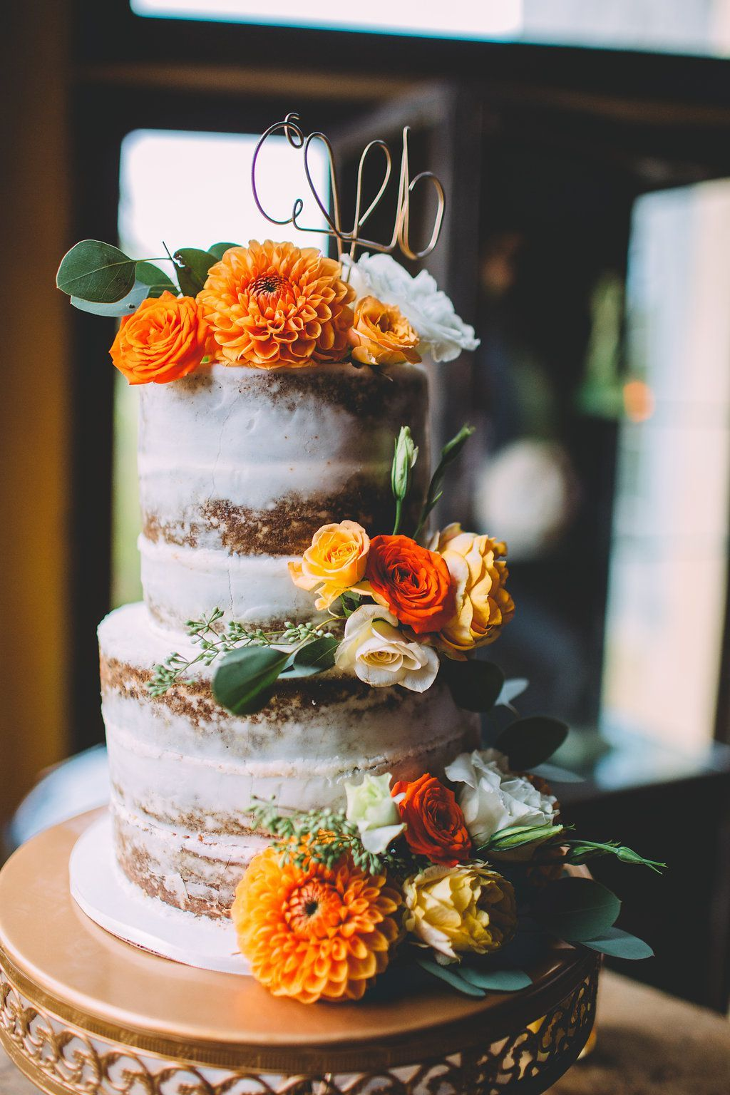 You Ll Fall In Love With These Autumn Wedding Cake Ideas Fall