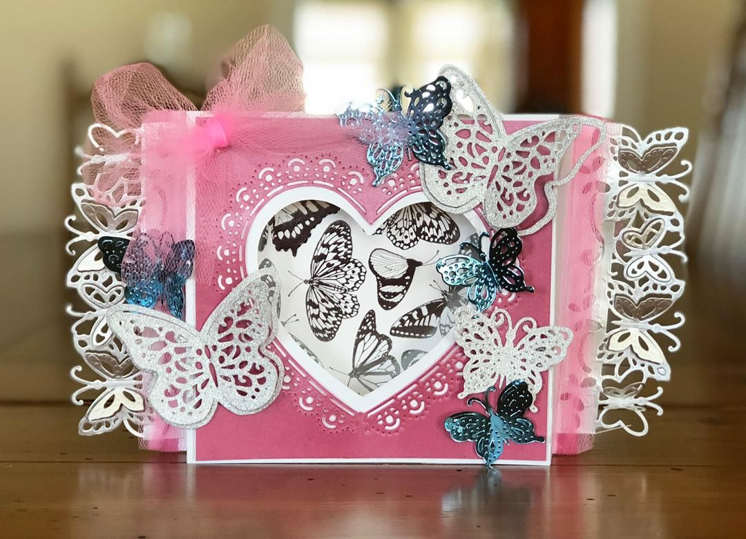 How beautiful is this handmade card made by Melissa Oeters?? So ...