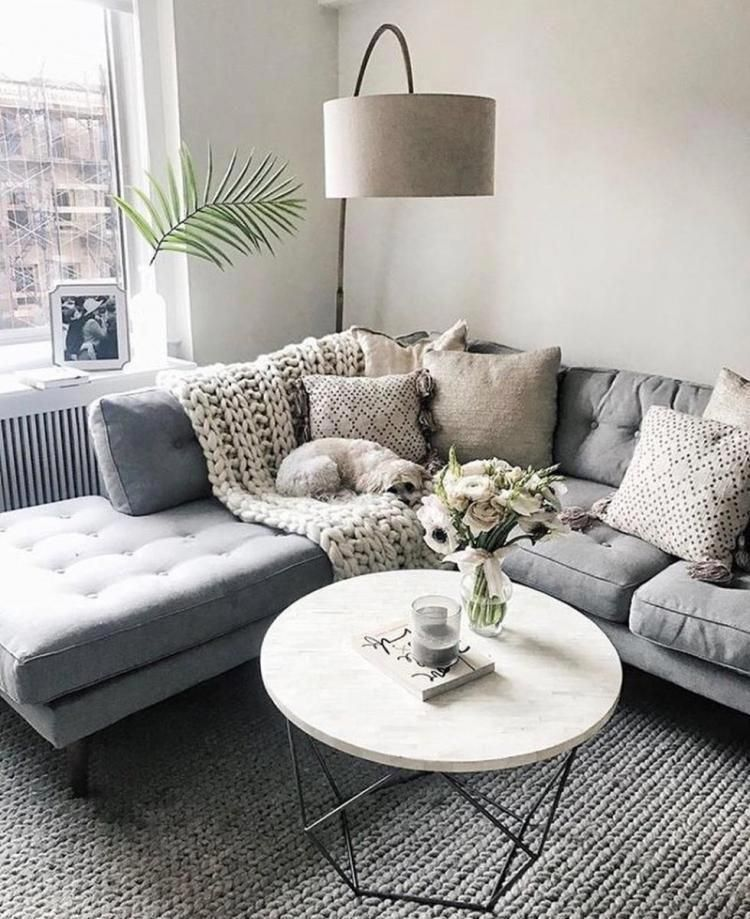 Grey Sectional W Neutral Details Marble Coffee Table Corner Reading Light So Much Yess Minimalistdecor