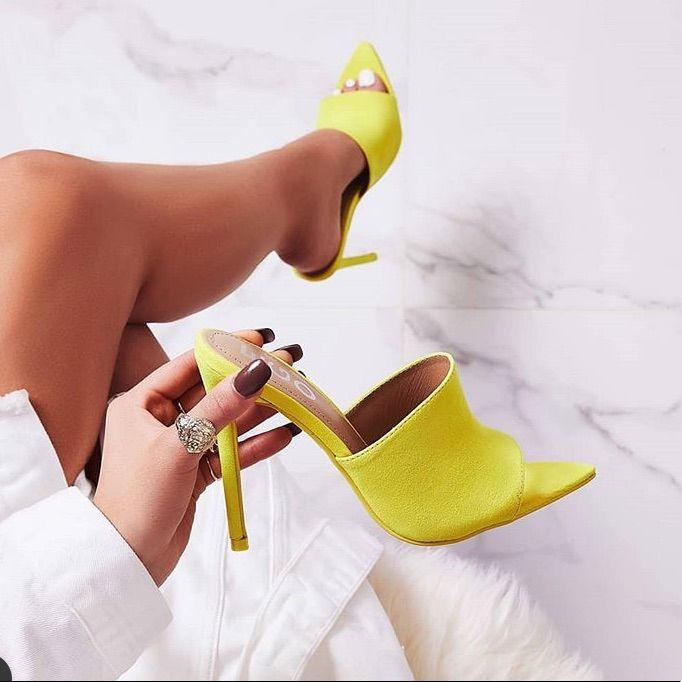 Mules shoes heels
