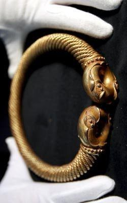Torque Jewellery : torque, jewellery, Celtic, Torque),, Ring,, Important, Piece, Jewelry,, Before, AD.…, Ancient
