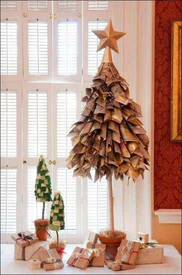 recycled-christmas-tree-365x550   navidad   Pinterest   Navidad ...