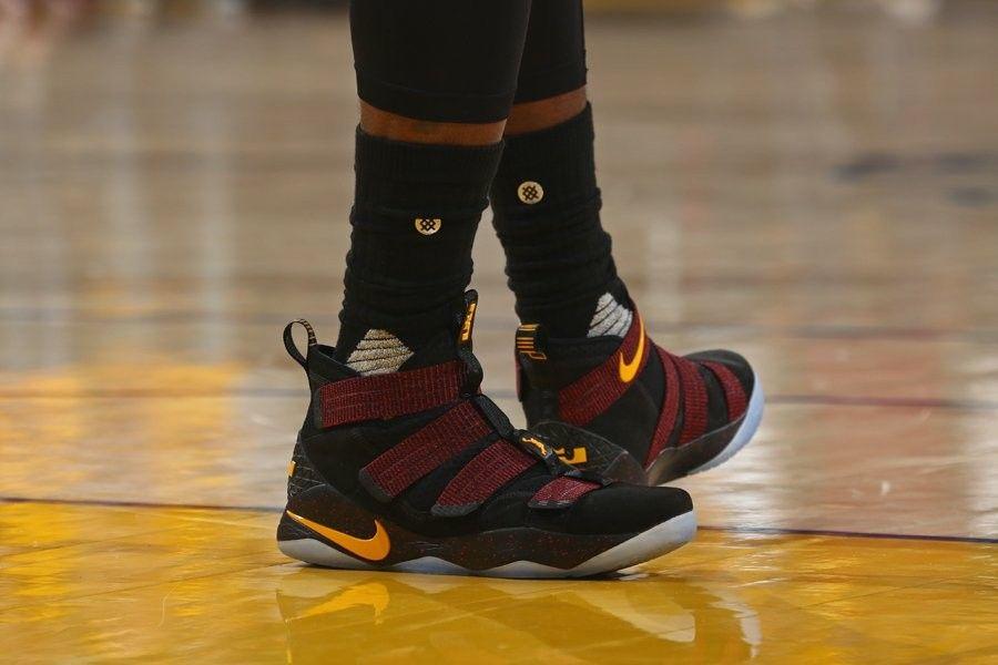 f7701ede Nike LeBron Soldier 11 PE. En las finales NBA | ._. | Nike lebron ...