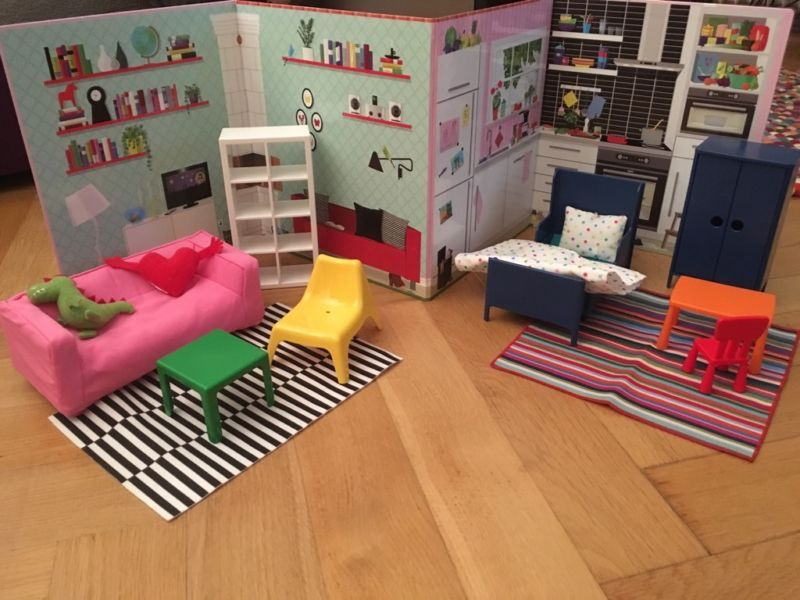 verkaufe set huset wohnzimmer und huset schlafzimmer puppenm bel von ikea und passend dazu das. Black Bedroom Furniture Sets. Home Design Ideas