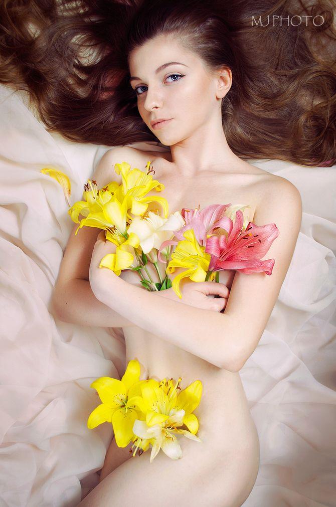 温柔如少女性感如花