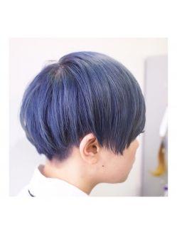 ネイビーブルー ショートボブ 髪型 髪 色 ボーイッシュ 髪型