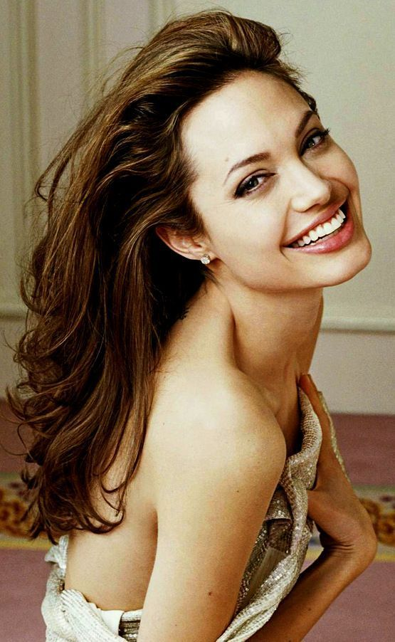 -   - #Actresses #AngelinaJolie #HollywoodActresses #kdrama #TomHiddleston