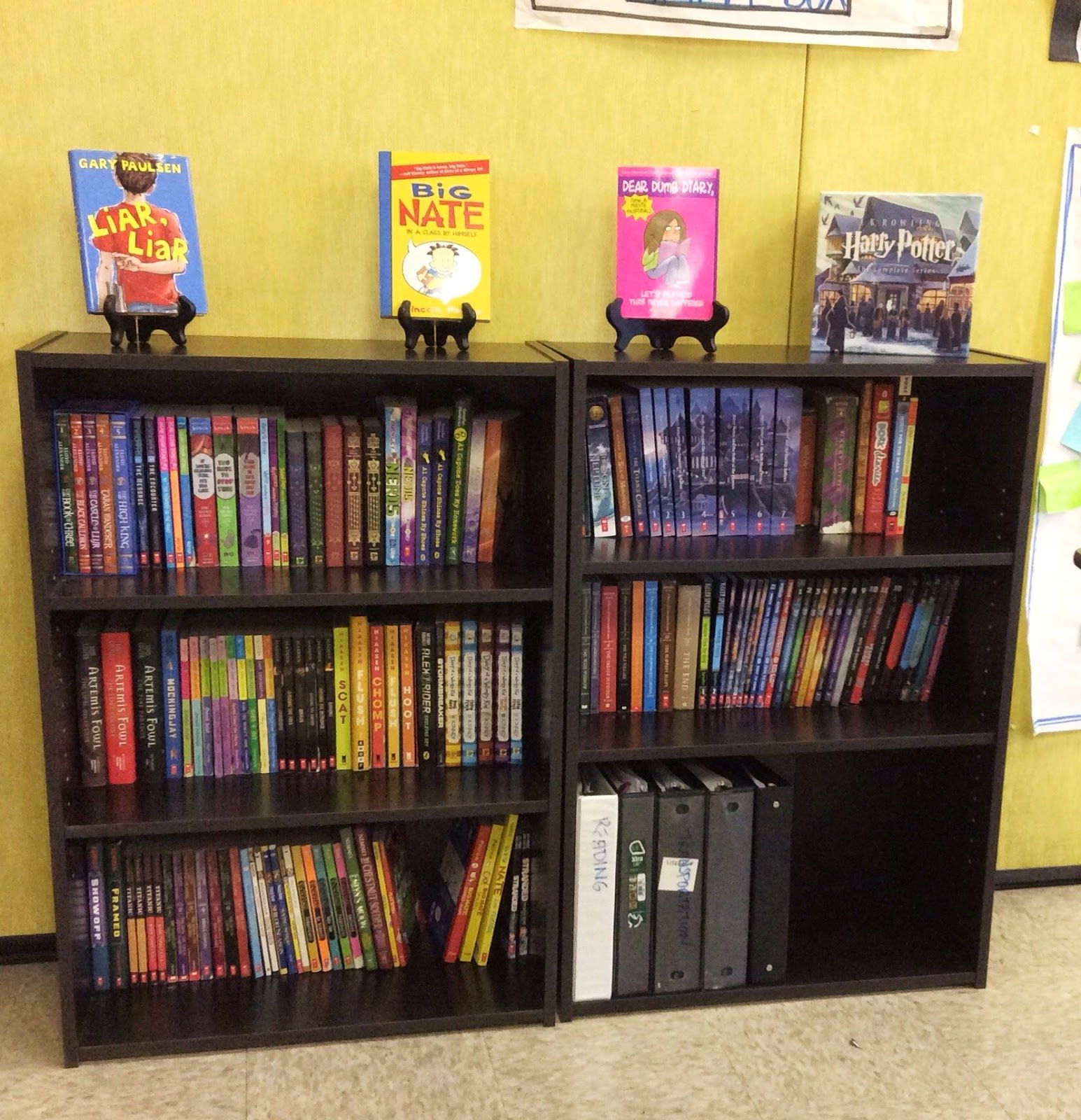 Classroom Bookshelf Ideas ~ Curating a th grade classroom library reading logs