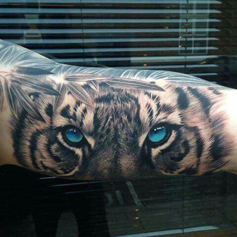 36 Tatouages Pour Les Fans De Chats Tatoo Tiger Tattoo Tiger