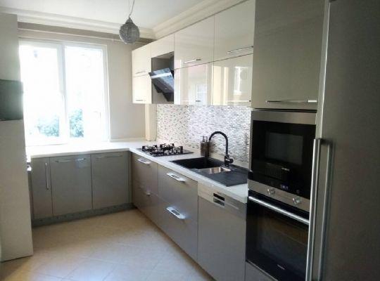 l mutfak dolab modelleri ve dekorasyonu mutfak. Black Bedroom Furniture Sets. Home Design Ideas