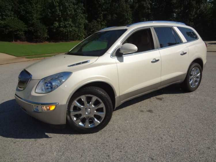 Earning Many Accolades Since 2008 The 2011 Buick Enclave Continues To Offer The Features Of A Premium Full Size Crossov Buick Enclave Rear Backup Camera Buick
