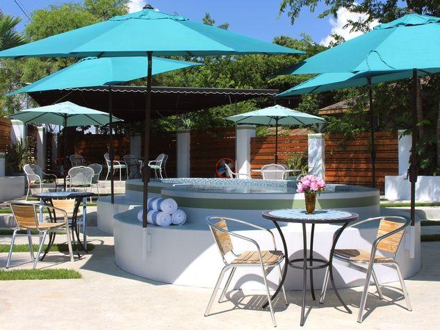 Kitty Cohen S Austin Bar Outdoor Patio Pool